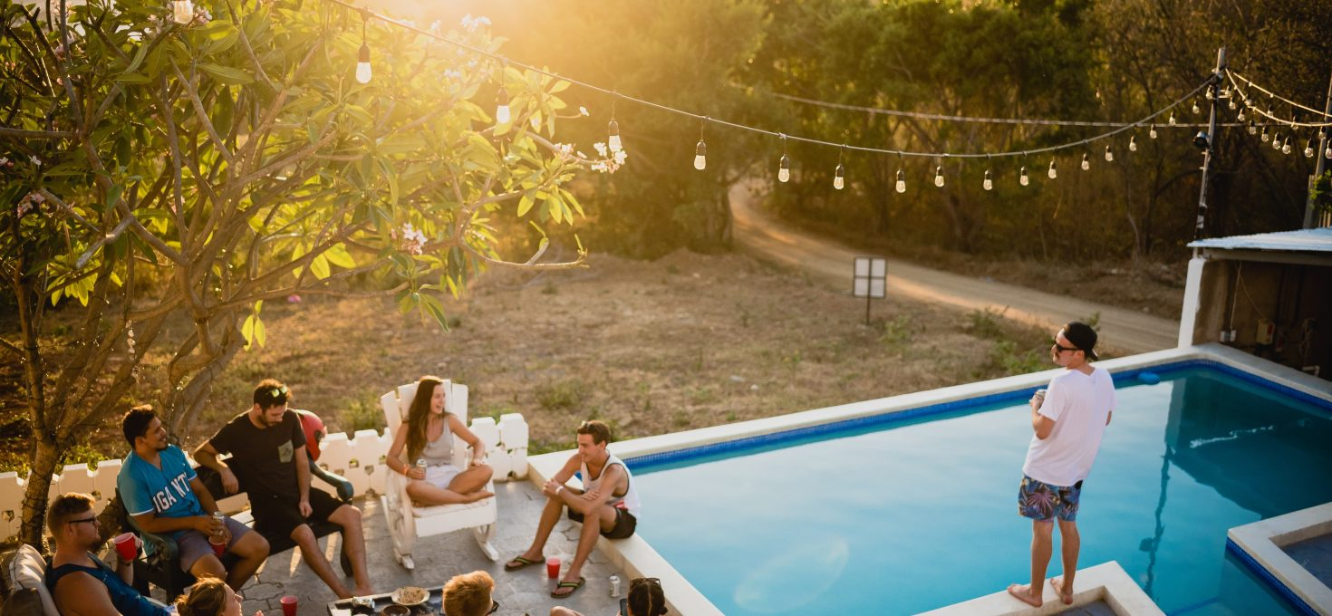 Beginner's guide on how to use Airbnb to book travel accommodation