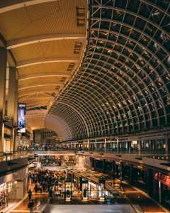4 things to do during a layover michalah francis 4